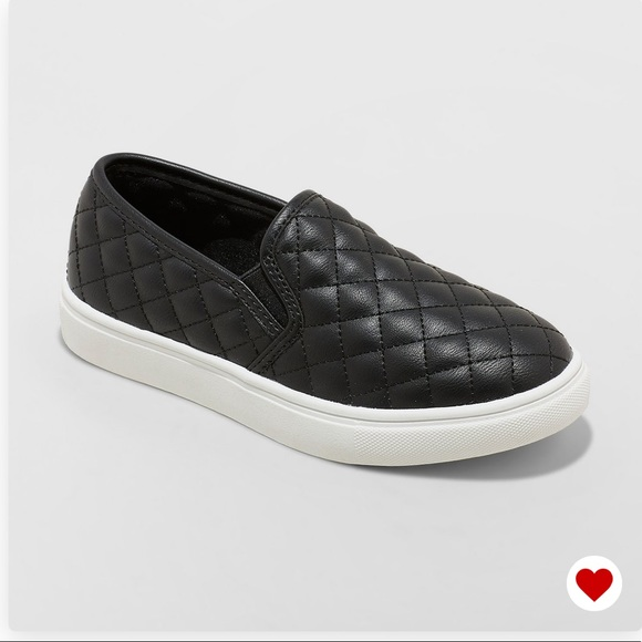 Cat & Jack Other - NWT Cat & Jack Maha Girls Black Quilted Sneakers!